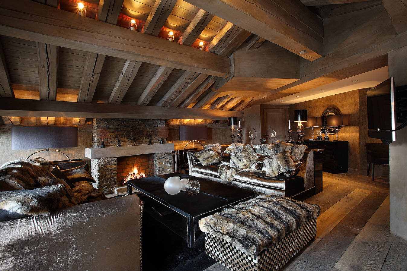 chalet alpaga courchevel excellency luxury services. Black Bedroom Furniture Sets. Home Design Ideas